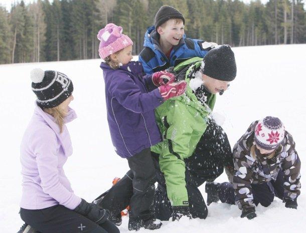 petschnighof-diex-familie-sneeuw.jpg