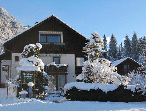 gastehaus-pernull-karinthie-winter-sneeuw.jpg