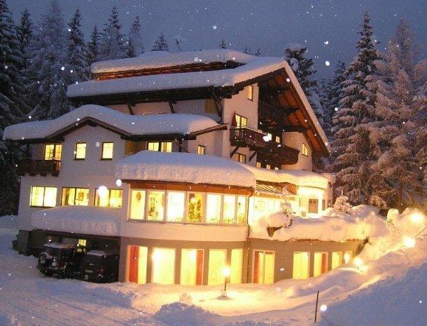 hotel das waldheim-salzburgerland-winter-avond.jpg