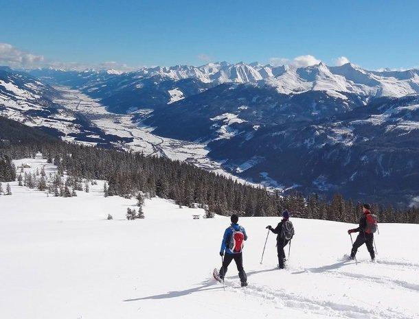 hotel-kirchner-bramberg-wandelen-sneeuw.jpg