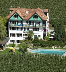 hotel-pension-verdorfer-merano.jpg
