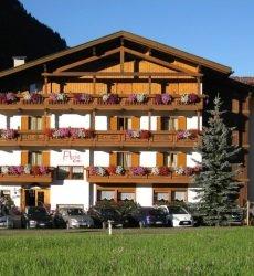 hotel-flora-alpina-dolomieten-zomer.jpg