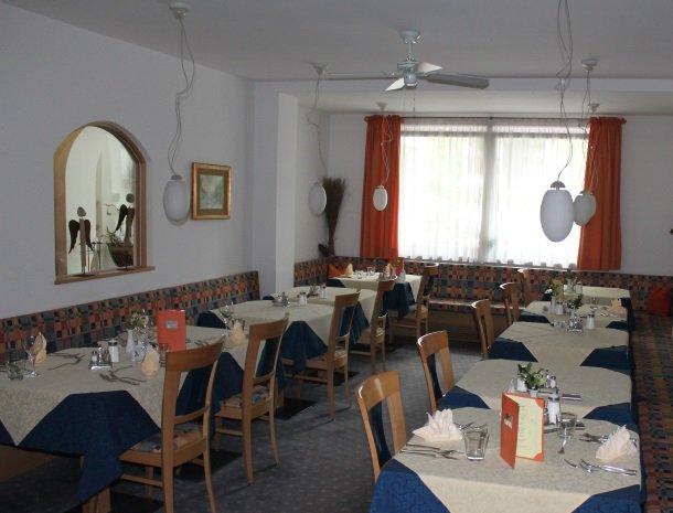 hotel-gruberhof-merano-restaurant.jpg