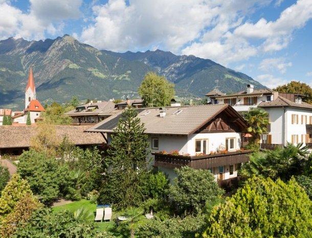 hotel-gruberhof-merano-trentino-overzicht.jpg