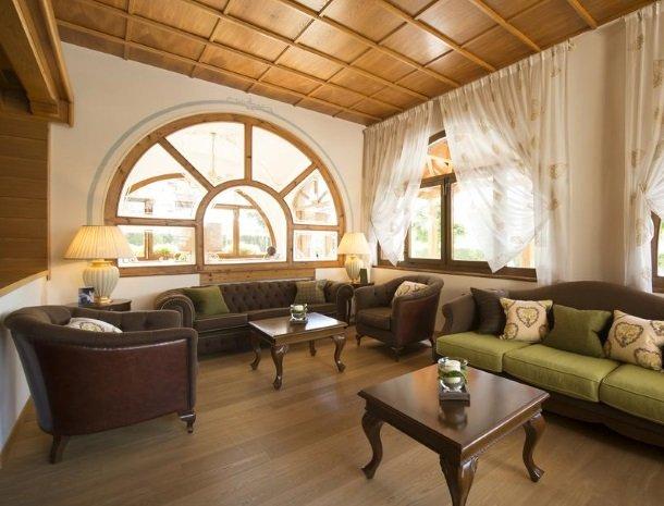 hotel-du-lac-molveno-lounge.jpg