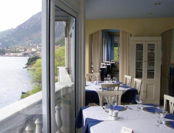 hotel-villa-romantica-limone-sul-garda-restaurant-uitzicht.jpg