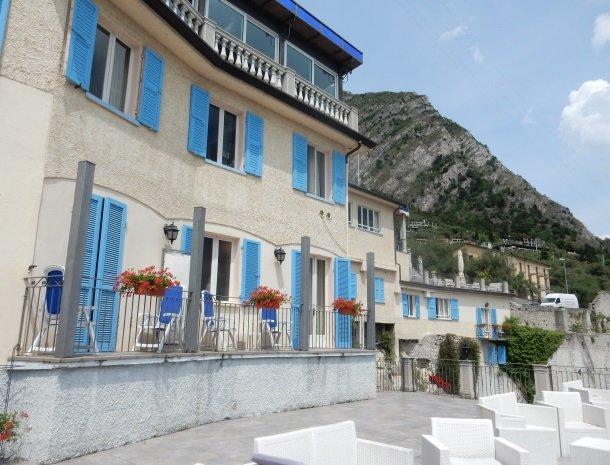 hotel-villa-romantica-limone-sul-garda-kamers-voorkant.jpg