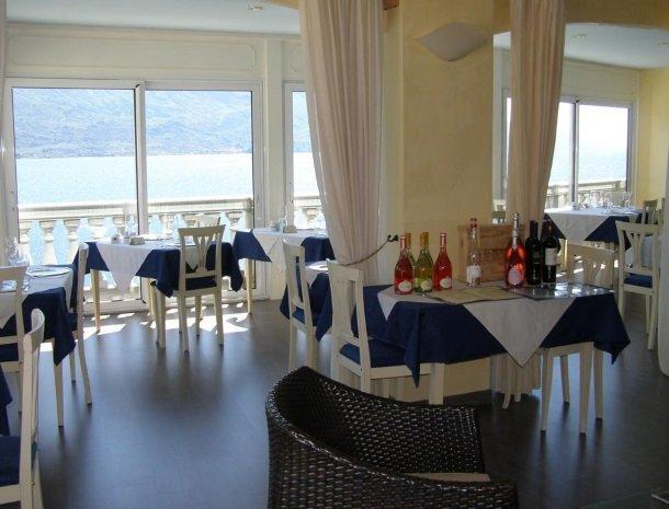 hotel-villa-romantica-limone-sul-garda-restaurant.jpg