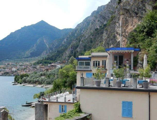 hotel-villa-romantica-limone-sul-garda-overzicht-dorp.jpg