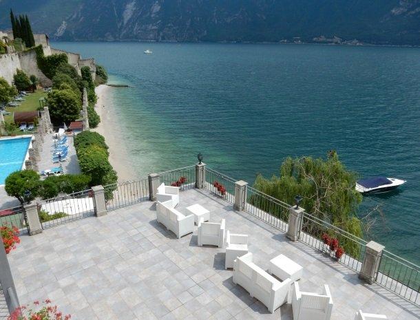 hotel-villa-romantica-limone-sul-garda-dakterras.jpg