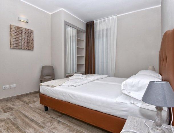 relais-la-dolce-vita-gardameer-italie-slaapkamer.jpg