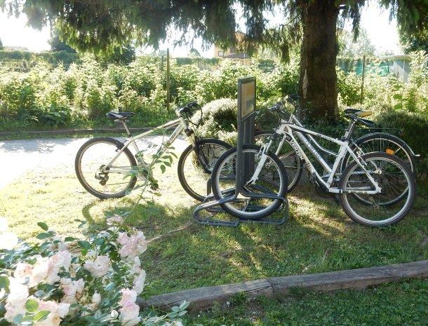 agriturismo-ca-del-lago-comomeer-fietsen.jpg