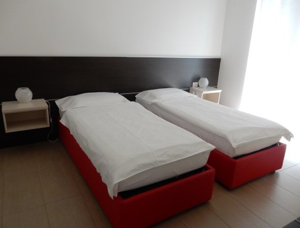 villa-paradiso-gravedona-appartementen-comomeer-bedden.jpg