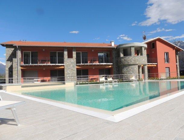 villa-paradiso-gravedona-appartementen-comomeer-overzicht.jpg