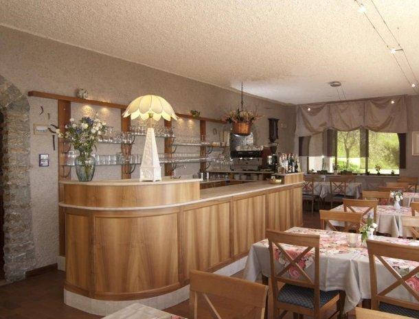 hotel-mariano-gardameer-bar.jpg