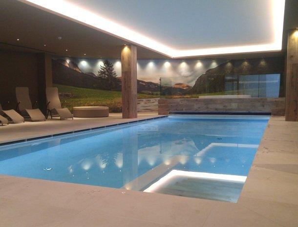 hotel-flora-alpina-dolomieten-zwembad-nieuw.jpg