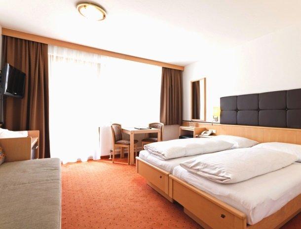 hotel-romerhof-fuschandergrossglockner-2pers.kamer.jpg