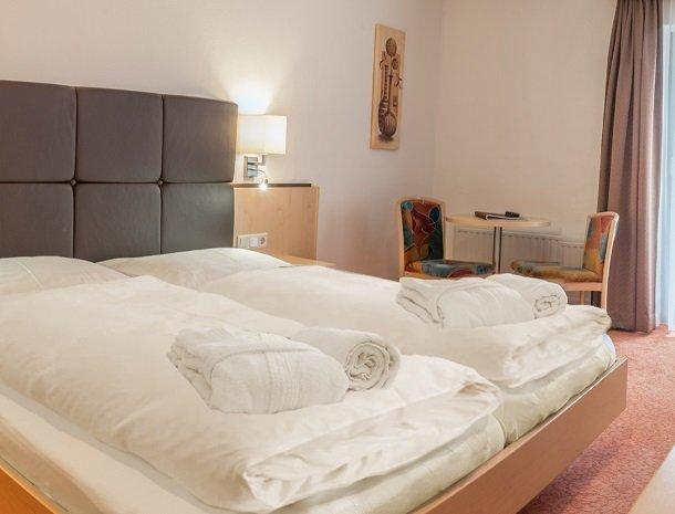 hotel-romerhof-fuschandergrossglockner-2pers.kamerb.jpg