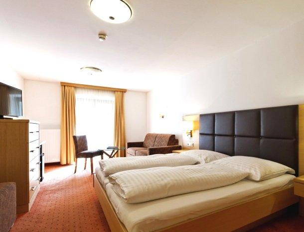 hotel-romerhof-fuschandergrossglockner-kamer-familie.jpg