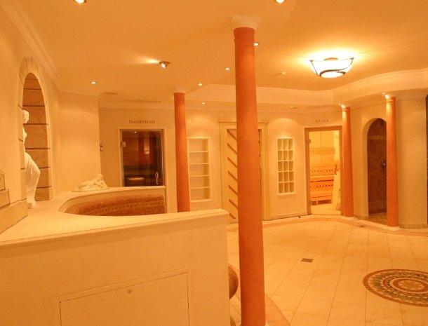 hotel-romerhof-fuschandergrossglockner-sauna.jpg