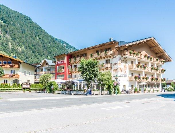 hotel-romerhof-fuschandergrossglockner-overzicht.jpg