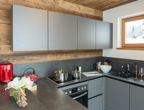 chalet-grosslehen-fieberbrunn-keuken.jpg