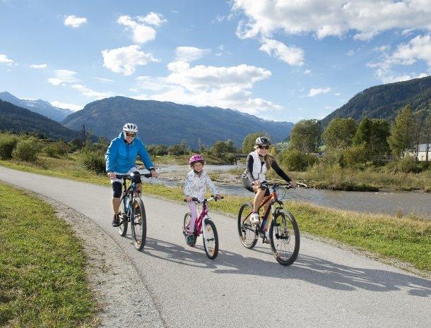 stofflerwirt-stmichaelimlungau-omgeving-fietsen.jpg