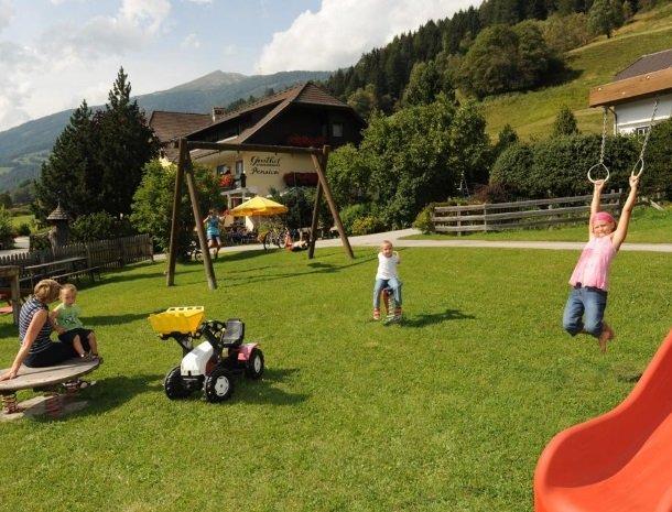 stofflerwirt-stmichaelimlungau-speeltuin-zomer.jpg