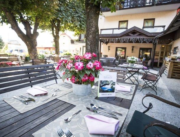 hotel-zur-post-dobriach-terras.jpg
