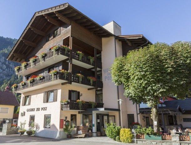 hotel-zur-post-dobriach-millstattersee-karinthie.jpg