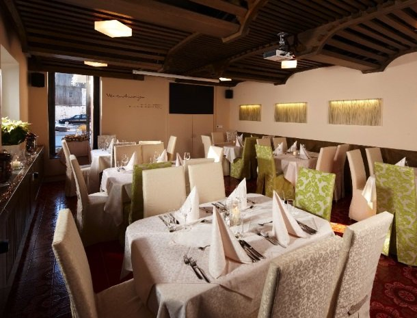 hotel-zur-post-dobriach-restaurant.jpg