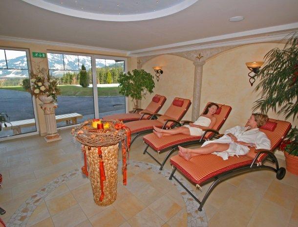 hotel-leamwirt-hopfgarten-tirol-wellness.jpg