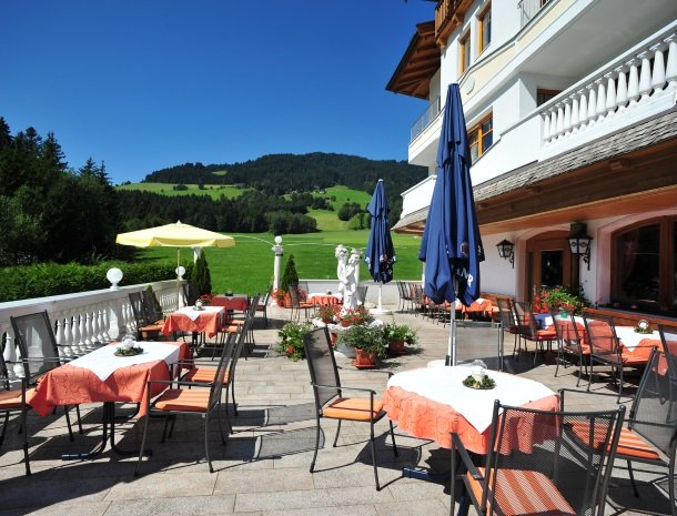 hotel-leamwirt-hopfgarten-tirol-terras.jpg