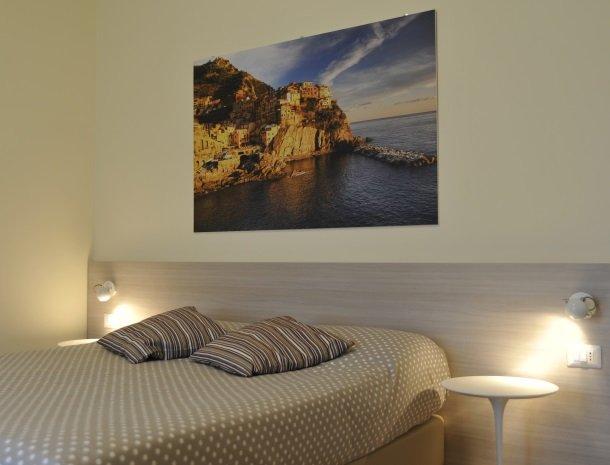 viadelle5terre-slaapkamer-bed-cinque-terre.jpg