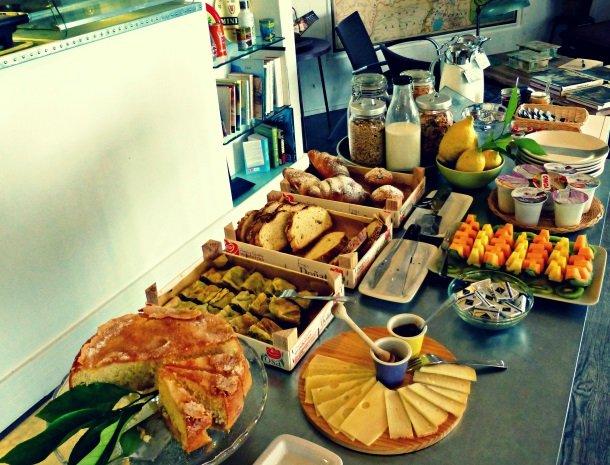 villa-amaranta-la-spezia-ontbijt.jpg
