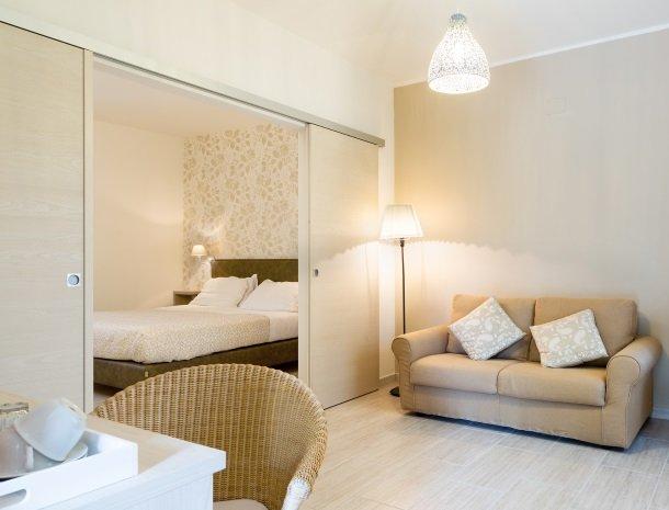 tenuta-lamborghini-umbrie-suite-rosa.jpg