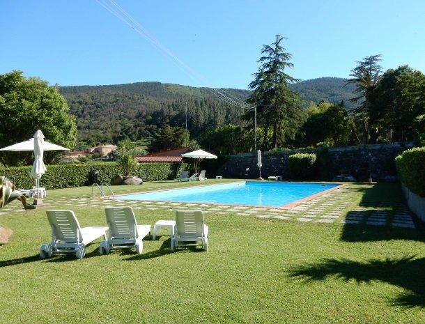 hotel-il-caminetto-portoferaio-zwembad.jpg