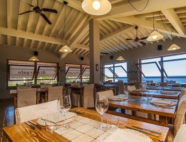 hotel-cernia-sant-andrea-elba-restaurant.jpg