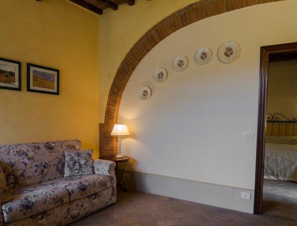 agriturismo-nobile-montepulciano-toscane-appartement-cantina-bank.jpg