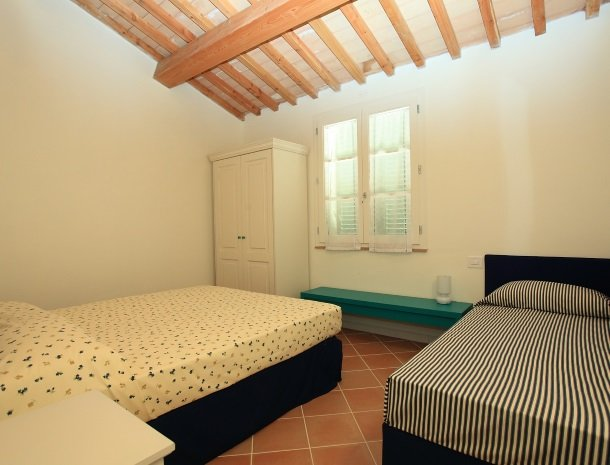 agriturismo-campallegro-cecina-appartement-lagiada-slaapkamer.jpg