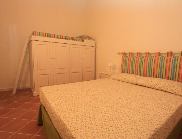 agriturismo-campallegro-cecina-appartement-ilpistacchio-slaapkamer.jpg