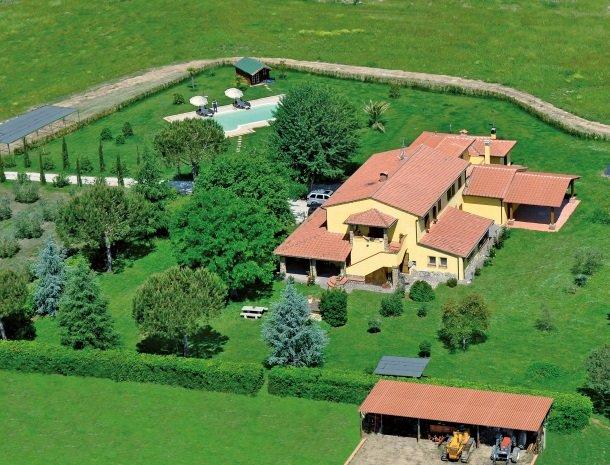 agrisantanna-appartementen-toscane-overzicht.jpg