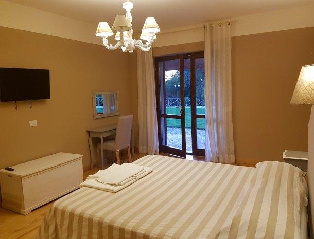 agriturismo-podere-santa-croce-toscane-kamer-superior-bed.jpg