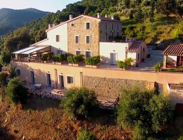 agriturismo-la-cianella-maremma-toscane-overzicht.jpg