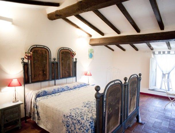 agriturismo-la-cianella-maremma-slaapkamer-bed.jpg