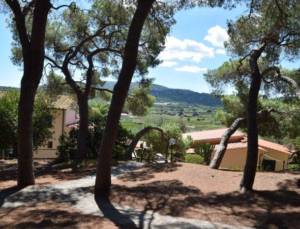 residence-della-luna-porto-azzurro-elba-appartementen-huizen.jpg