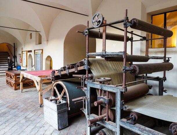 fabriano papiermuseum.jpg