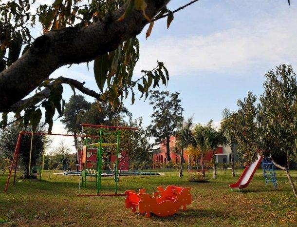 palazzo-rosso-riposto-speeltuin.jpg