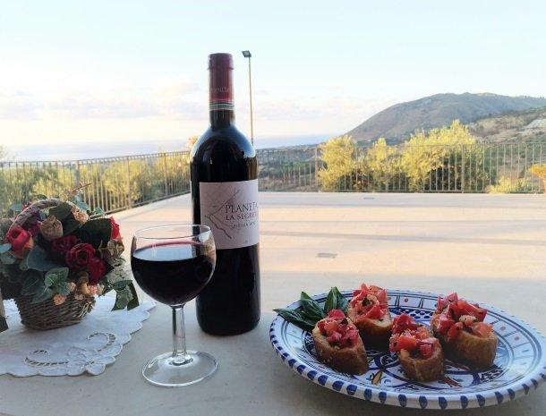 agriturismo-le-campanelle-lascari-sicilie-wijn-planeta.jpg