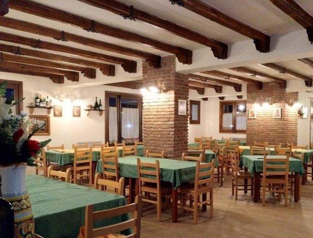 agriturismo-le-campanelle-lascari-sicilie-restaurant.jpg